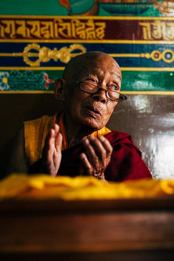 nepal, portrait, monk, buddhist, buddhism, old, man, mountain, spirituality